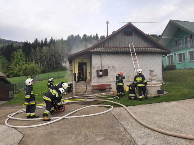 Strażacy na miejscu zdarzenia /KM PSP Nowy Sącz /PAP