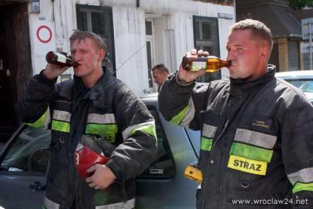 Strażacy po akcji /wroclaw24.net