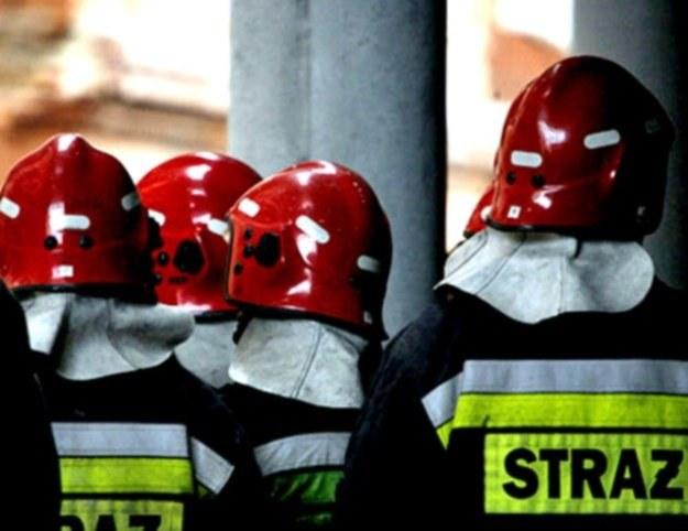 Strażacy uratowali nogi tego człowieka, należą im się brawa - stwierdził lekarz/fot. Kamil Kajko /Agencja SE/East News