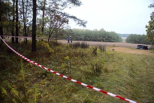 Strażacy zabezpieczają miejsce awarii rurociągu Przyjaźń w Uchaniu Górnym /PAP
