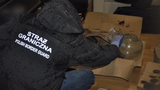 Strażnicy graniczni z Nadwiślańskiego Oddziału zlikwidowali fabrykę amfetaminy, produkującą środki odurzające na znaczącą skalę. /Policja