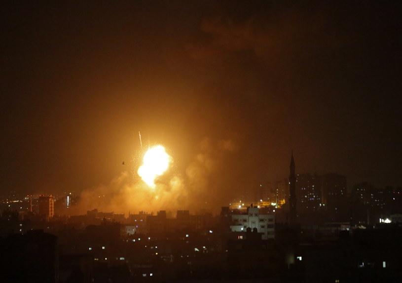 Strefa Gazy: Troje Palestyńczyków zginęło w izraelskich nalotach /HAITHAM IMAD /PAP/EPA