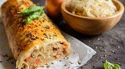 Strudel drożdżowy z kapustą kiszoną i serem