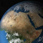 Struktura pod Afryką zaburza ziemskie pole magnetyczne