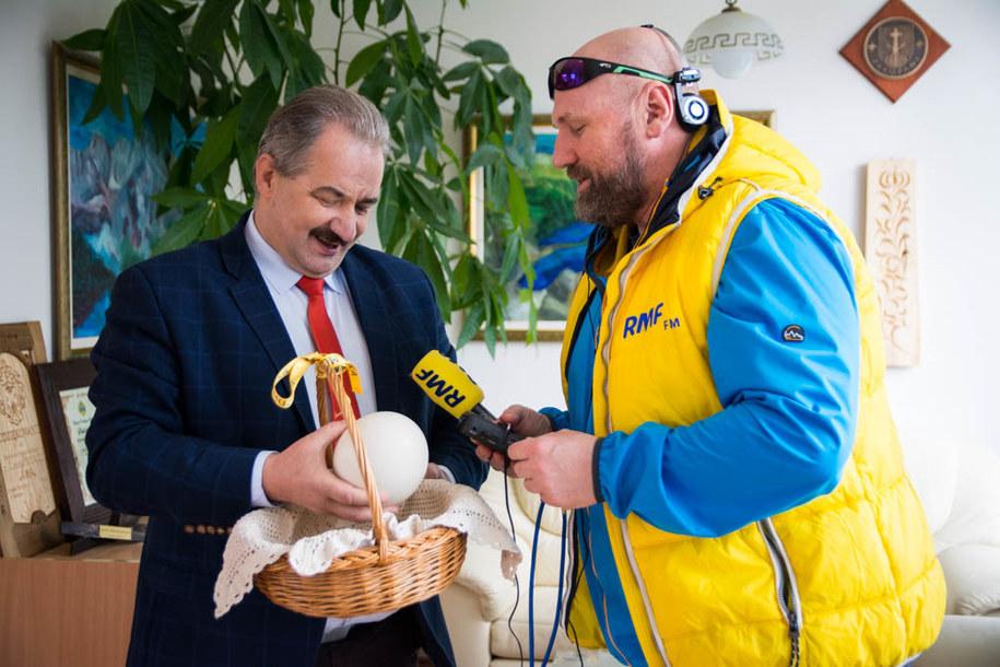 Strusie jajko w pisankę zamieni także prezydent Zakopanego /Maciej Pałahicki /RMF FM