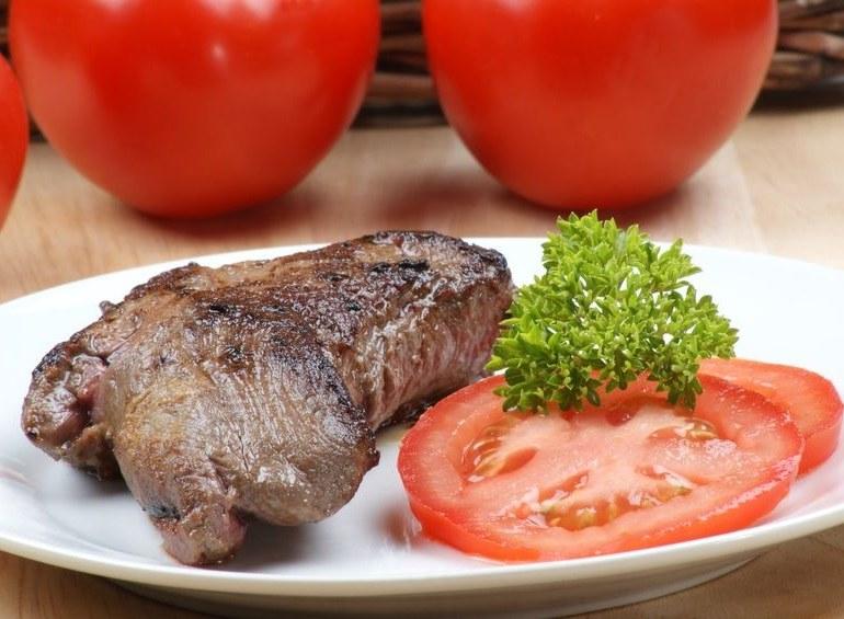 Strusie mięso /©123RF/PICSEL