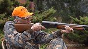 Strzelać każdy może. 98-latka i jej myśliwskie hobby (lektor)