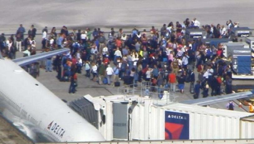 Strzelanina na lotnisku na Florydzie /Fernando Canales F /Twitter