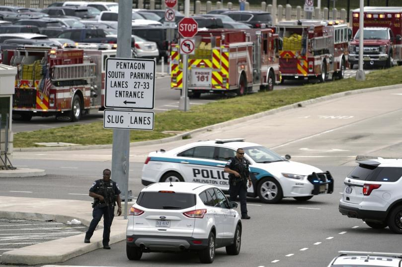 Strzelanina przed Pentagonem /AP/Associated Press/East News /East News