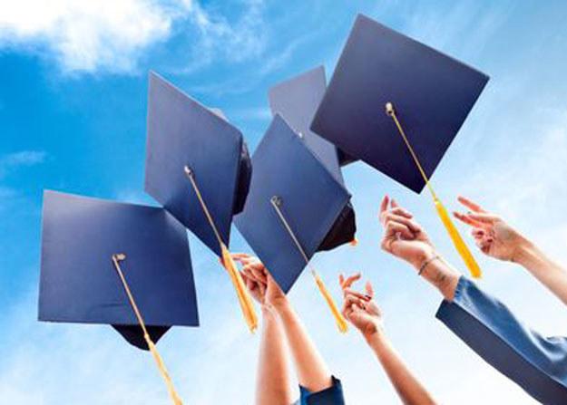 Studenci coraz częściej plagiatują /123RF/PICSEL