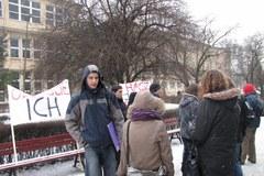 Studenci krakowskiej AGH protestowali w obronie zatrzymanego kolegi