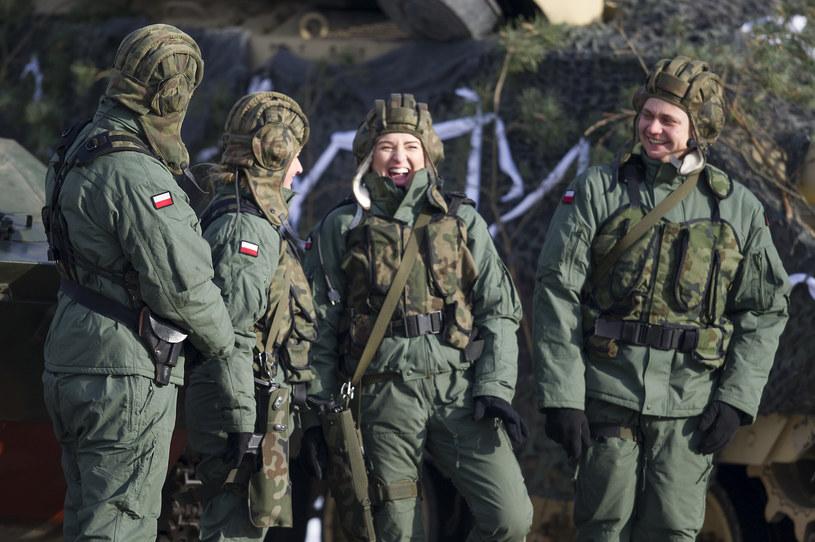 Studenci znów będą mogli uczestniczyć w zajęciach wojskowych (zdjęcie ilustracyjne) /Natalia Dobryszycka /AFP