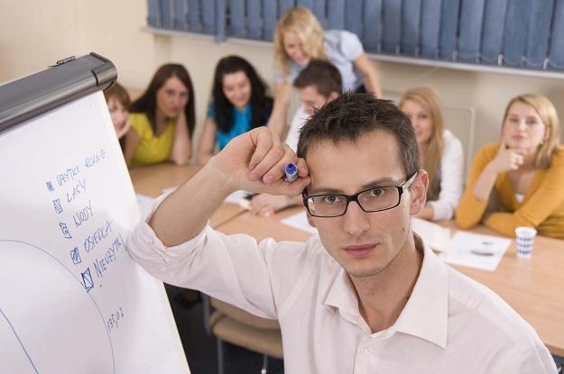 Studia podyplomowe to dobra okazja do zdobycia praktycznej wiedzy, która przyda się w pracy /Informacja prasowa