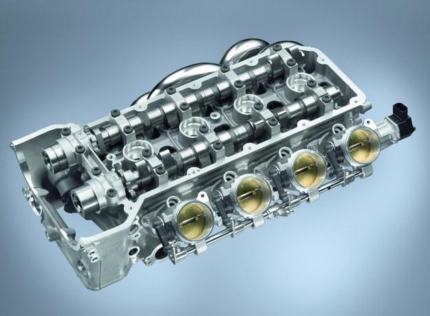 Stukające popychacze hydrauliczne wymienia się na nowe. /Motor