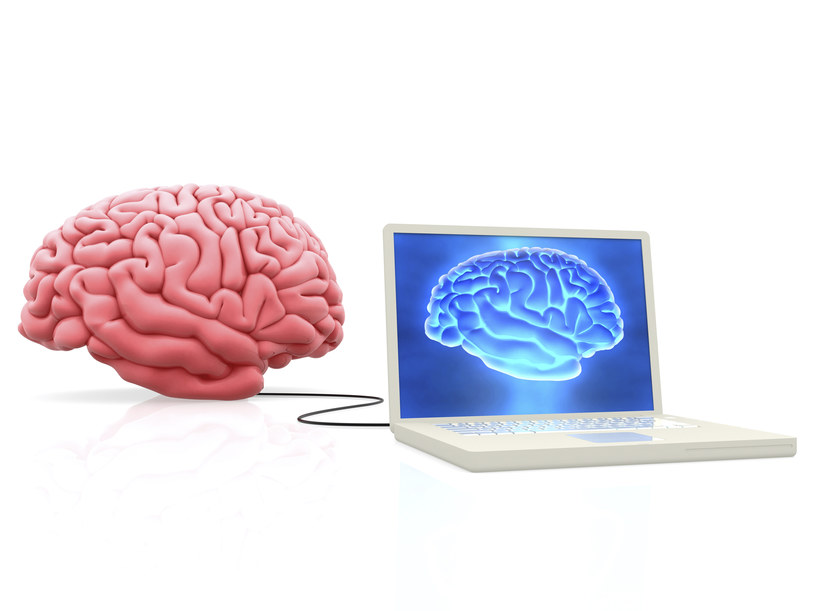 Stworzenie interfejsu mózg-komputer coraz bliżej? /© Glowimages