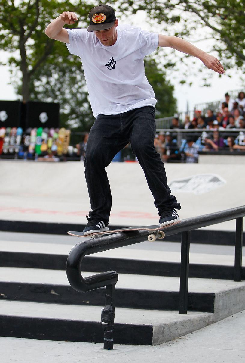 Stylizacja na skate'a tylko z pozoru jest prosta! /Getty Images/Flash Press Media