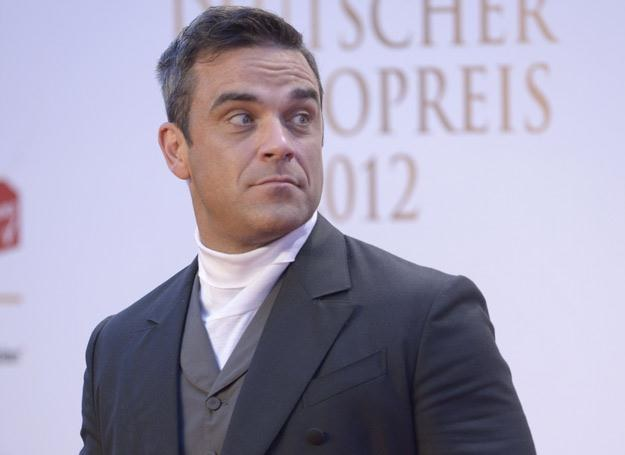 Stylowy Robbie Williams - fot. Christian Augustin /Getty Images/Flash Press Media