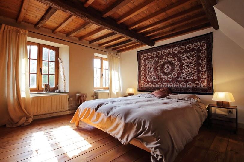 Sypialnia W Stylu Rustykalnym Jak Ją Urządzić Stylpl