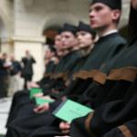 Stypendia rektorskie jednak nie dla studentów pierwszego roku