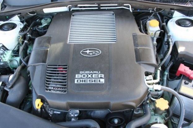 Subaru boxer diesel - potężny moment 350 Nm... /INTERIA.PL