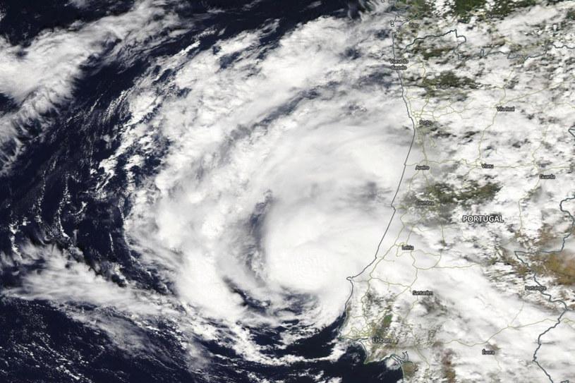 Subtropikalny sztorm Alpha /NASA/Associated Press /East News