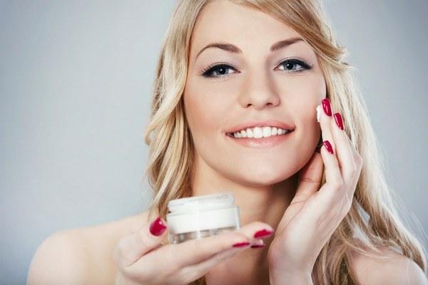 sucha skóra zapobieganie /© Photogenica