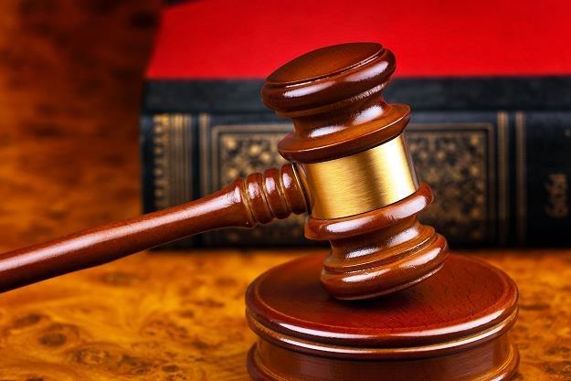 Sukcesja praw w spółkach prawa handlowego może być trudna /©123RF/PICSEL