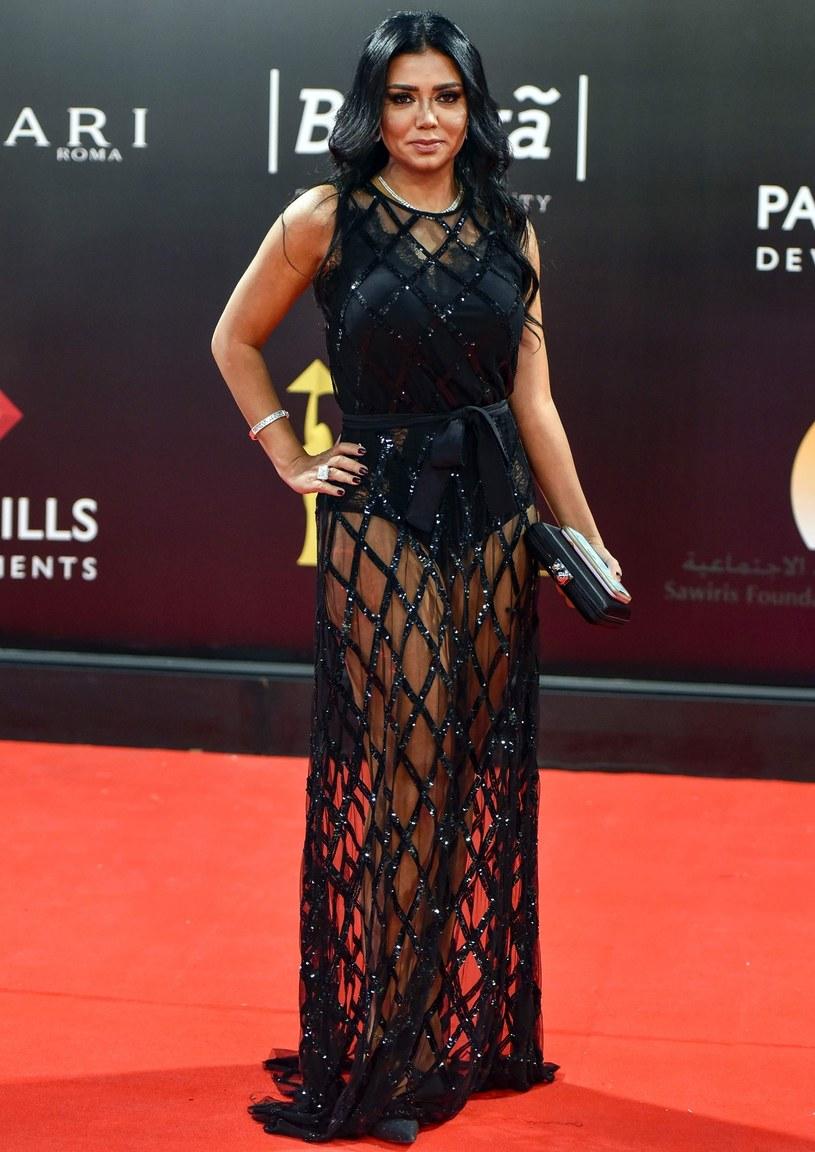 Sukienka aktorki wywołała spore kontrowersje /OMAR ZOHEIRY/AFP /East News