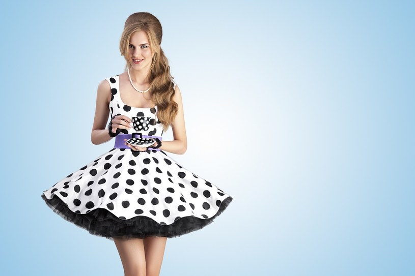 6c1482c3bf Sukienka w groszki dla kobiet w każdym wieku - Kobieta w INTERIA.PL