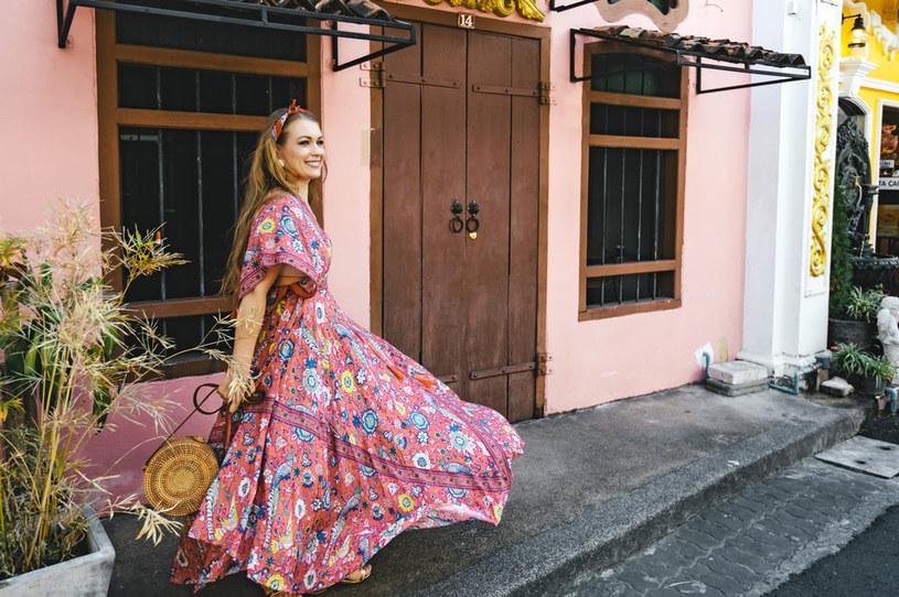 Sukienki w stylu boho to niesłabnący hit ostatnich lat /123RF/PICSEL