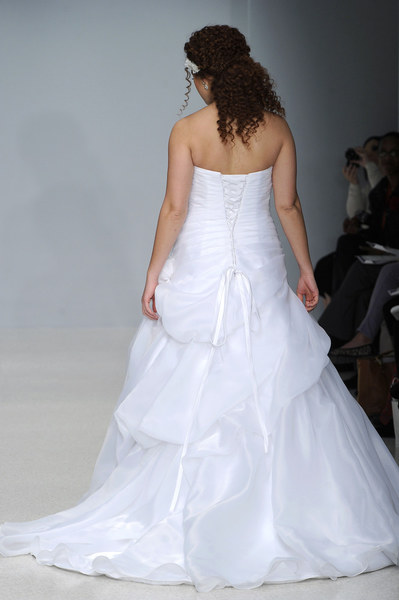 d181dba052 Suknie ślubne w rozmiarze XL - Styl.pl - Twoja inspiracja - moda ...