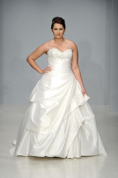 5631b29998 Suknie ślubne w rozmiarze XL - Moda - Styl.pl - Twoja inspiracja