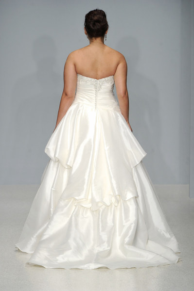 7310584a85 Suknie ślubne w rozmiarze XL - Galerie - Styl.pl - Twoja inspiracja