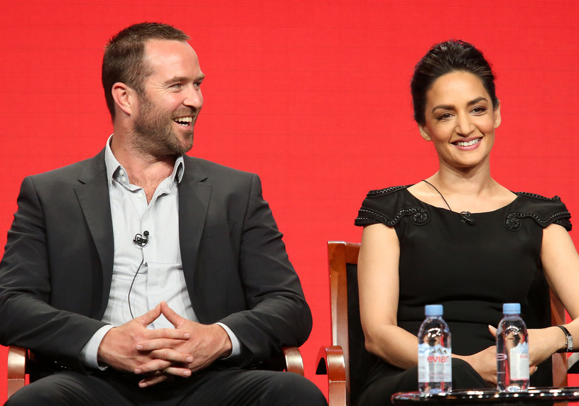 Sullivan Stapleton, Archie Panjabi /Frederick M. Brown /Getty Images