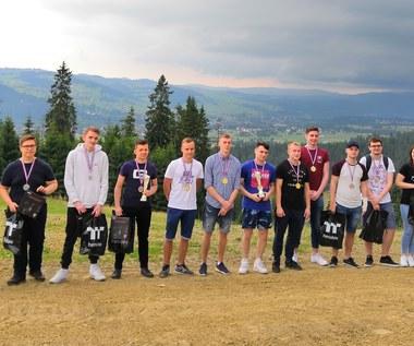 SUPER GAME e-sport: Podsumowanie eventu na szczycie Kotelnicy Białczańskiej
