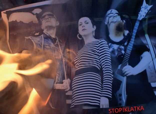 "Super Girl & Romantic Boys na okładce płyty ""Stop!Klatka"" /"