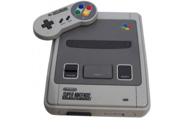 Super Nintendo Entertainment System - zdjęcie /CDA