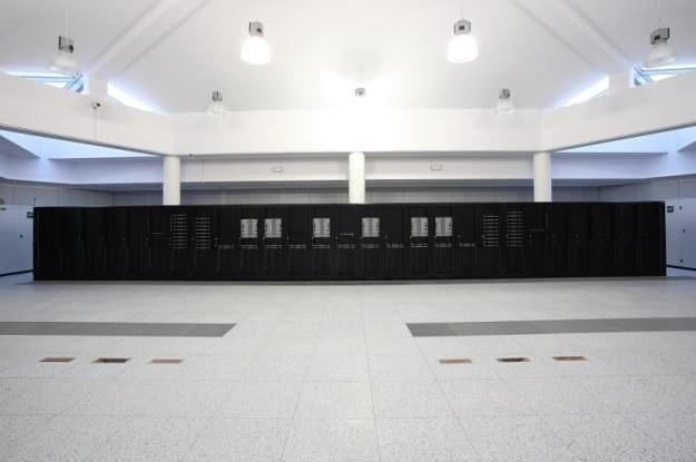 Superkomputer Galera stacjonujący w kompleksie Politechniki Gdańskiej /materiały prasowe