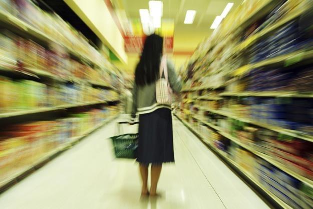 Supermarkety w Polsce próbują iść w ślady dyskontów /poboczem.pl