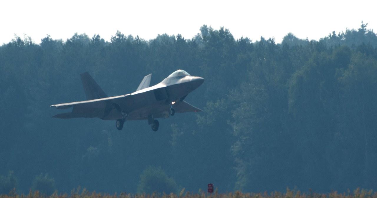 Supernowoczesne F-22 Raptor wylądowały w Łasku