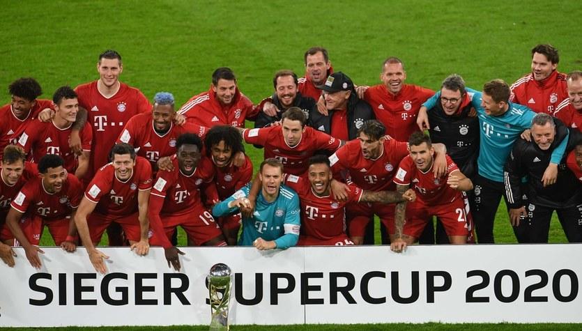 Superpuchar Niemiec. Bayern Monachium - Borussia Dortmund 3-2. Udział Roberta Lewandowskiego przy dwóch golach