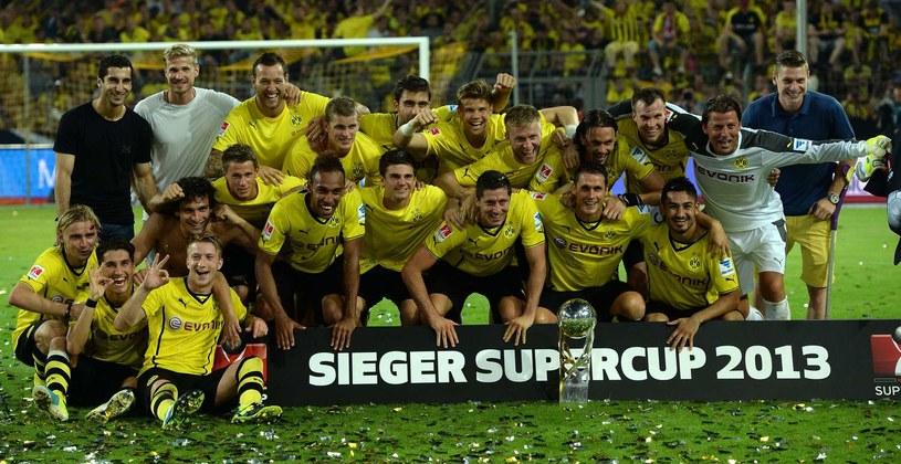 Superpuchar trafił w ręce Borussii Dortmund po zwycięstwie 4-2, ale Bayern Monachium nie powiedział ostatniego słowa. /AFP