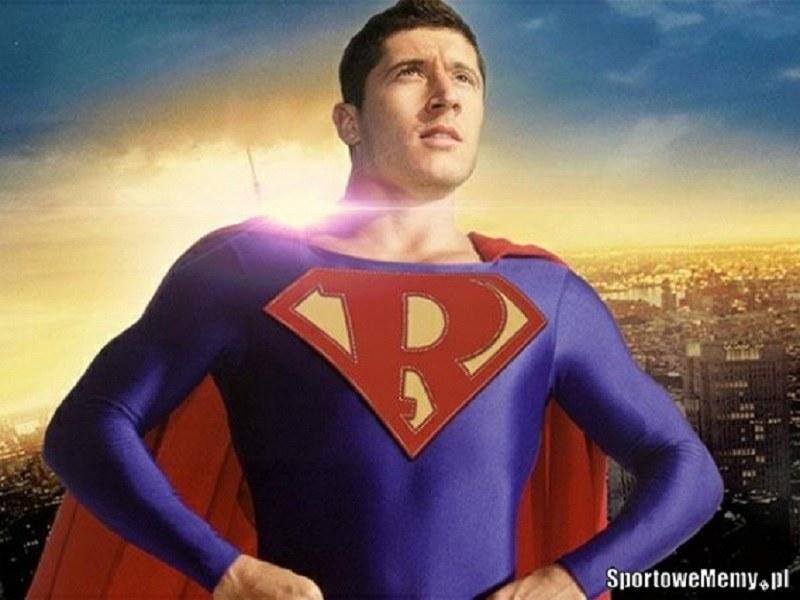 SuperRobert! /Sportowememy.pl /Internet
