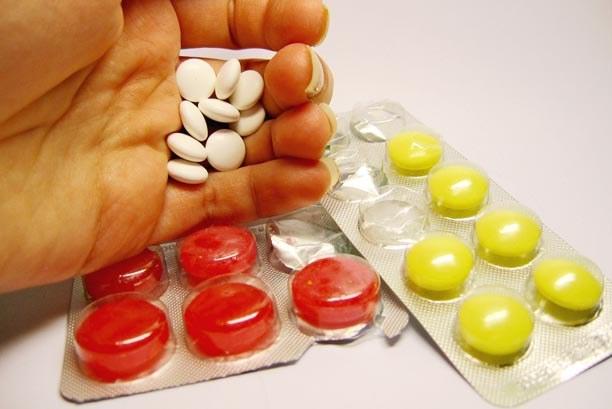 Suplementy diety mogą wyrządzić więcej szkody niż pożytku., /© Bauer