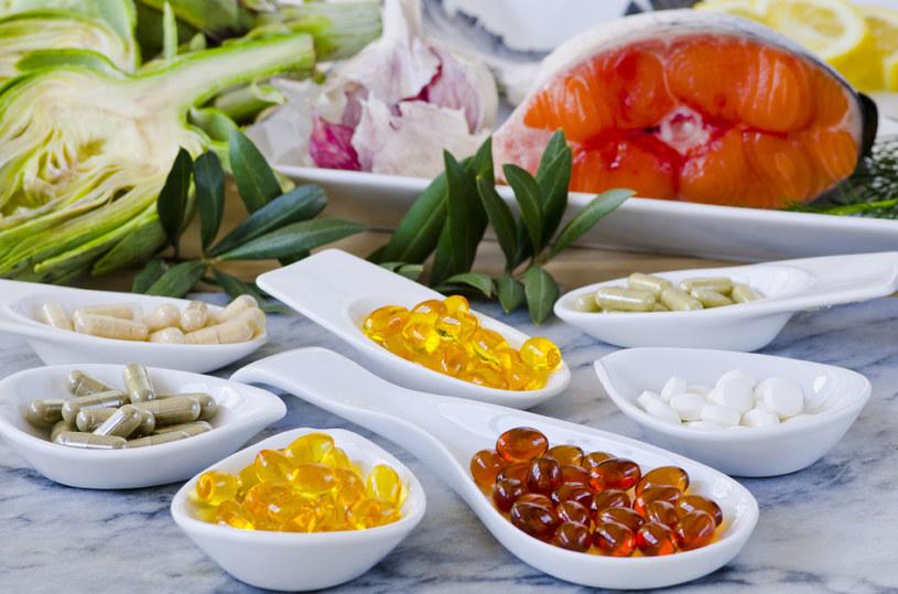Suplementy nie zastapią urozmaiconej diety /123RF/PICSEL