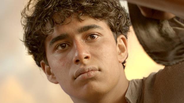 """Suraj Sharma za rolę w """"Życiu Pi"""" był nominowany do nagrody BAFTA i Saturna /materiały prasowe"""