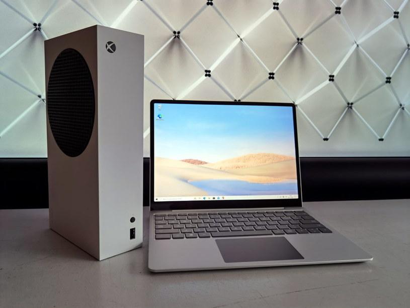 Surface Laptop Go i Xbox Series S /INTERIA.PL