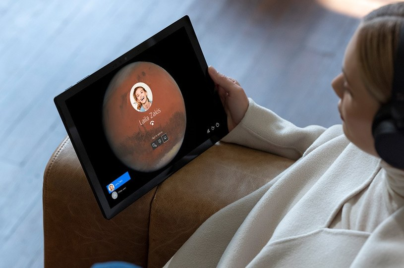 Surface Pro 7 w każdej chwili możemy zamienić w tablet /materiały promocyjne