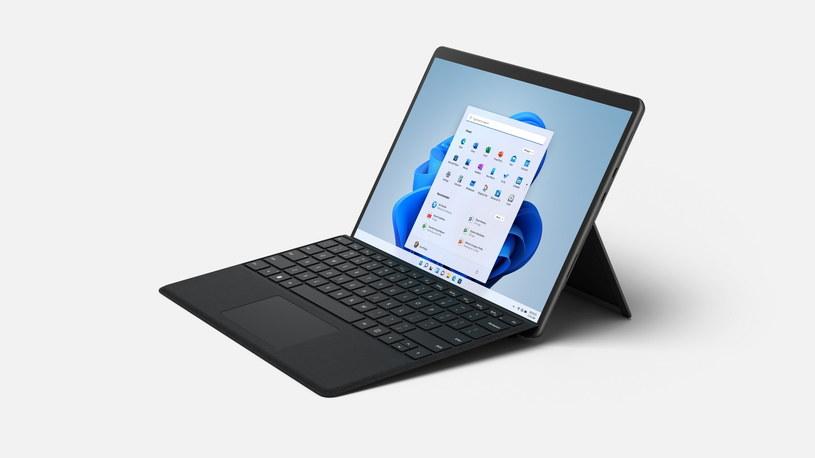 Surface Pro 8 /materiały prasowe