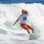 Surfer uciekł ze szczęk rekina